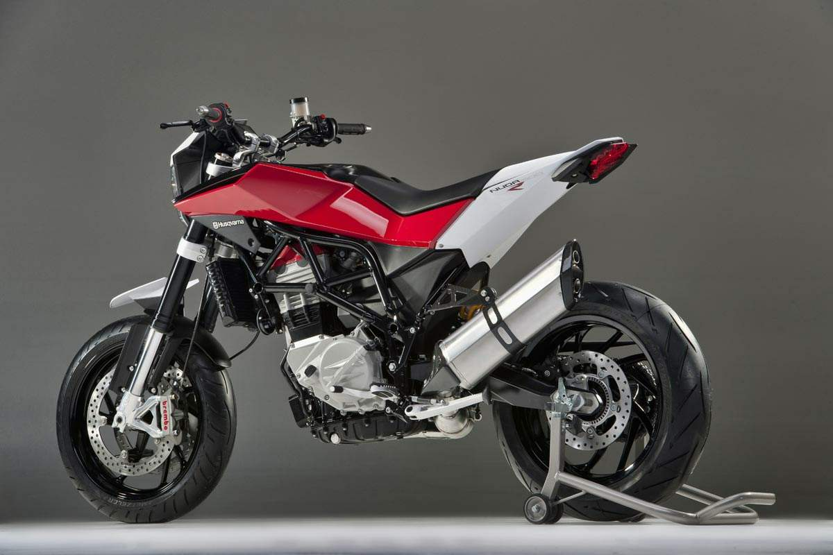 901 First Look 2017 Ktm 250 Exc 300 Exc as well Downhill bike moreover ProTaperOversizedBars in addition Husqvarna nuda 900r furthermore Car Crush Porsche 959. on racing suspension design