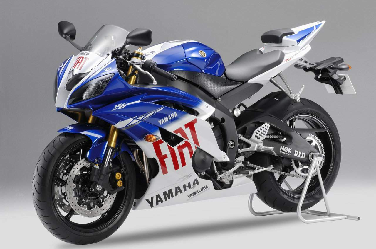 yamaha yzf 1000 r6. Black Bedroom Furniture Sets. Home Design Ideas