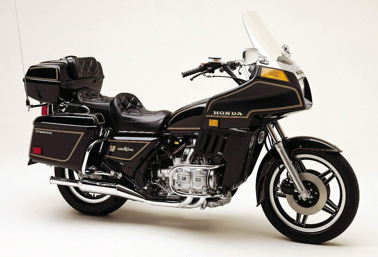Maxresdefault furthermore S L further A D A Ae E Ec likewise Gl Engine further Goldwing. on 82 honda gl1100 goldwing