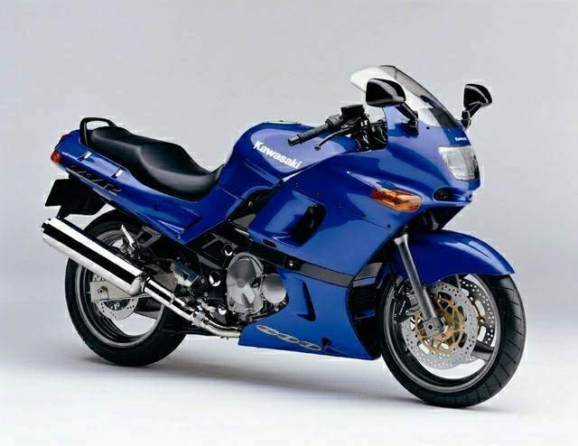 yzf 600 r vs zx 6 e cycleworld forums. Black Bedroom Furniture Sets. Home Design Ideas